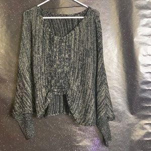 Angl- Acrylic Gray/Black Knit Sweater size